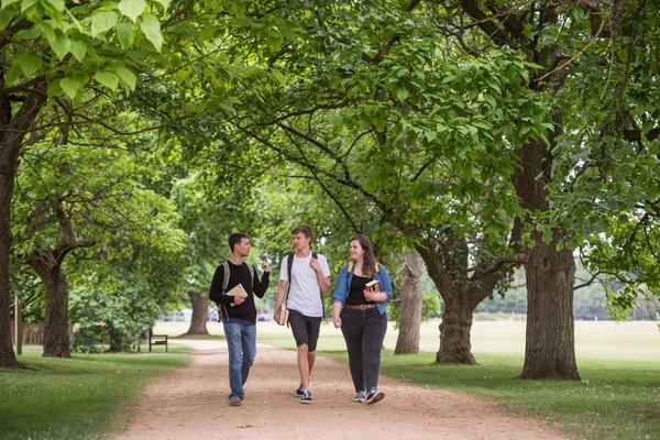 Students strolling in University Parks