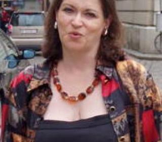Dr Veronica West-Harding